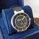 時計買取 ルイヴィトン タンブールムーン GMT Q8D30Z