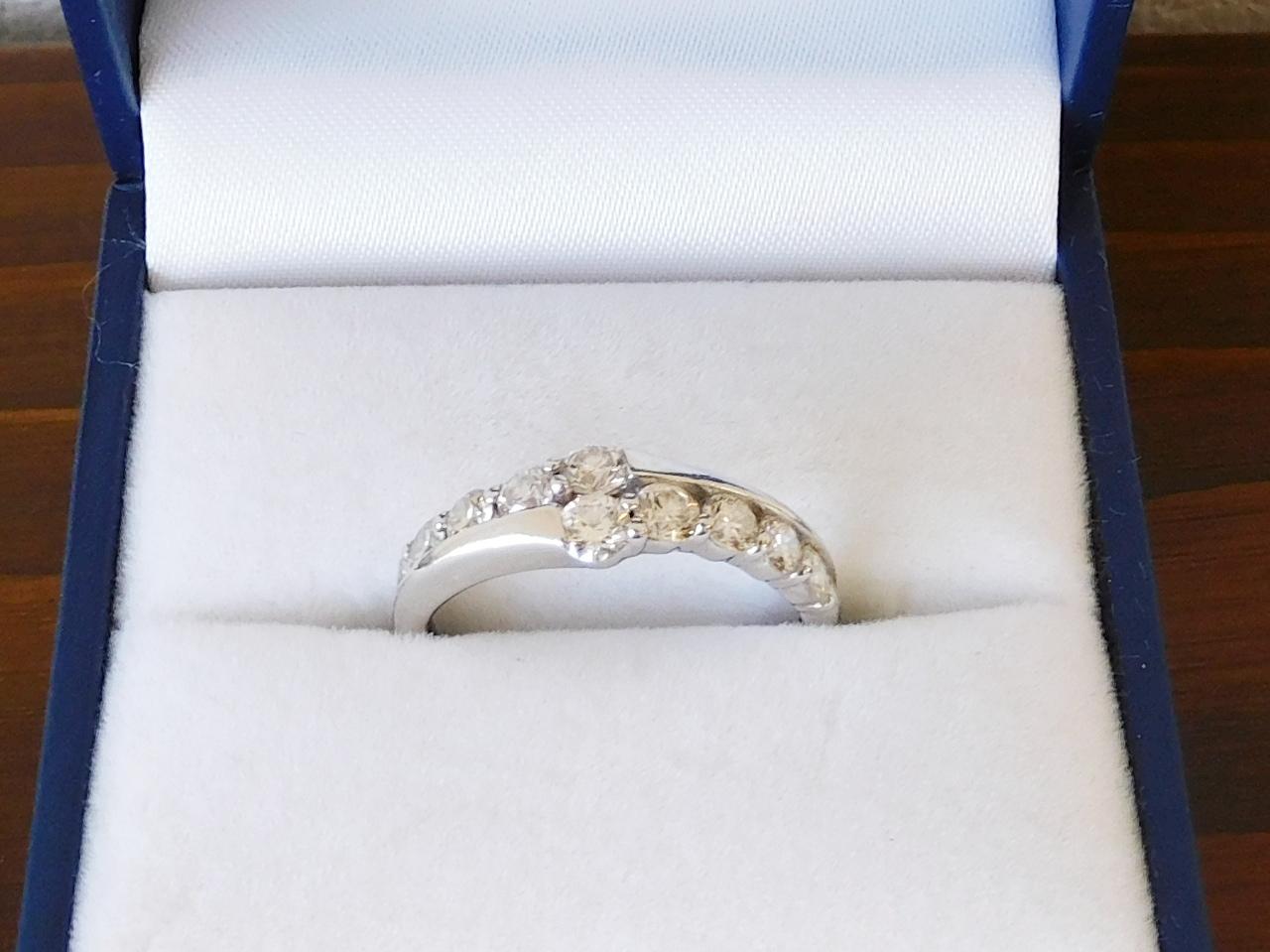 diamond ring total D.001ct